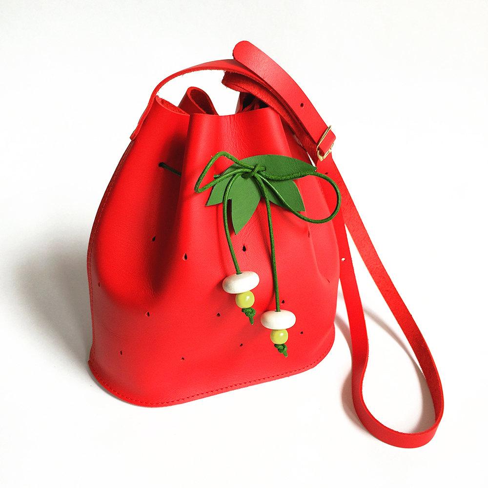 Mini Strawberry Bucket Bag