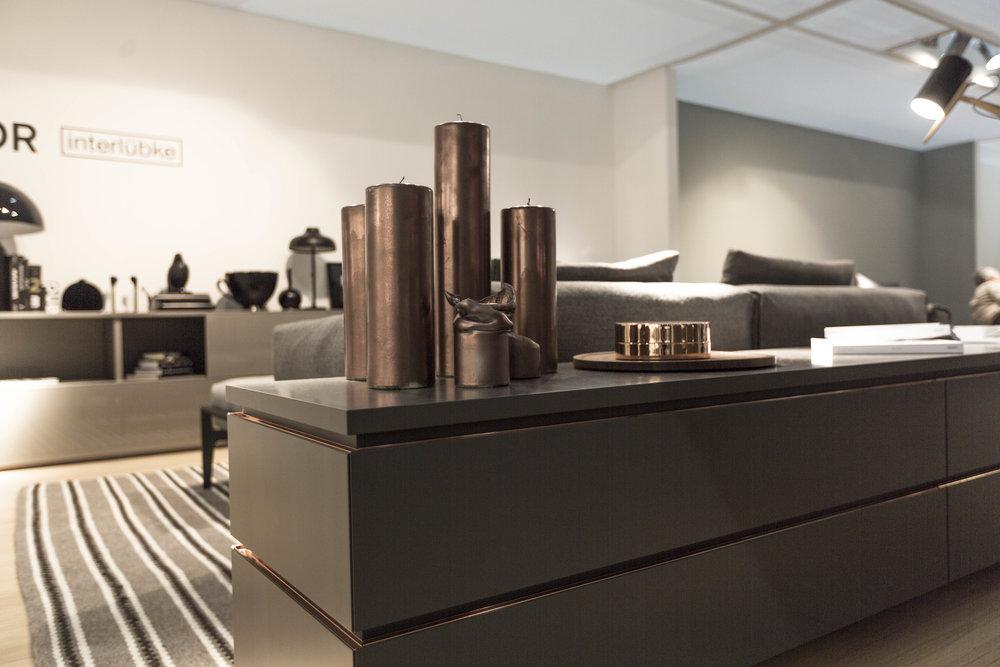 Abverkaufsmöbel - … aus unserem ehemaligen Schraum in Wien 6. gibt es noch einige, wenige Restposten …