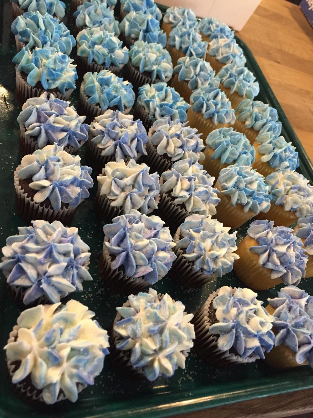 hydrangea mini cupcakes