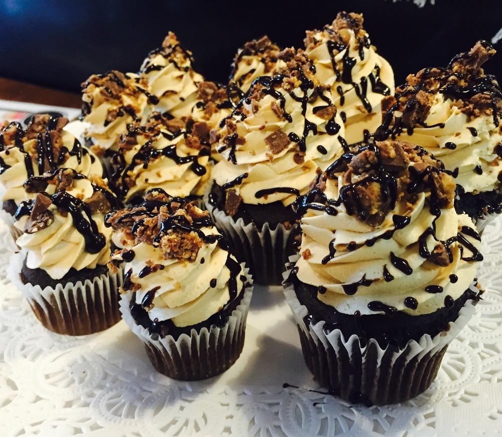 peanut butter blast cupcakes