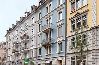 2013 Gesamtsanierung und Dachausbau Feldstrasse 63, Zürich