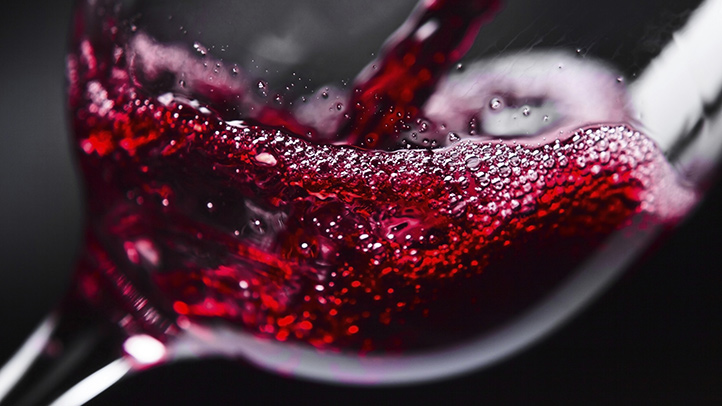 is-red-wine-good-for-seniors-722x406.jpg