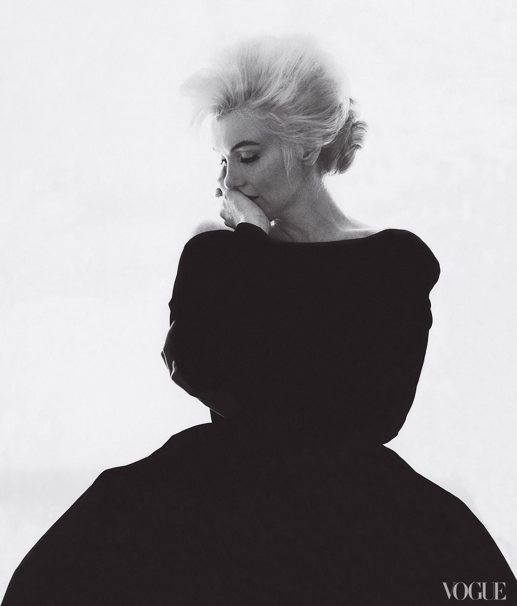 mirnah :     Marilyn Monroe in Christian Dior Haute Couture, photographed by Bert Stern for Vogue, 1962.