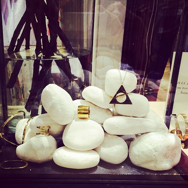 You can find us in the club (monaco) @clubmonaco @michellecampbell @campbelljewels lovely stone display!