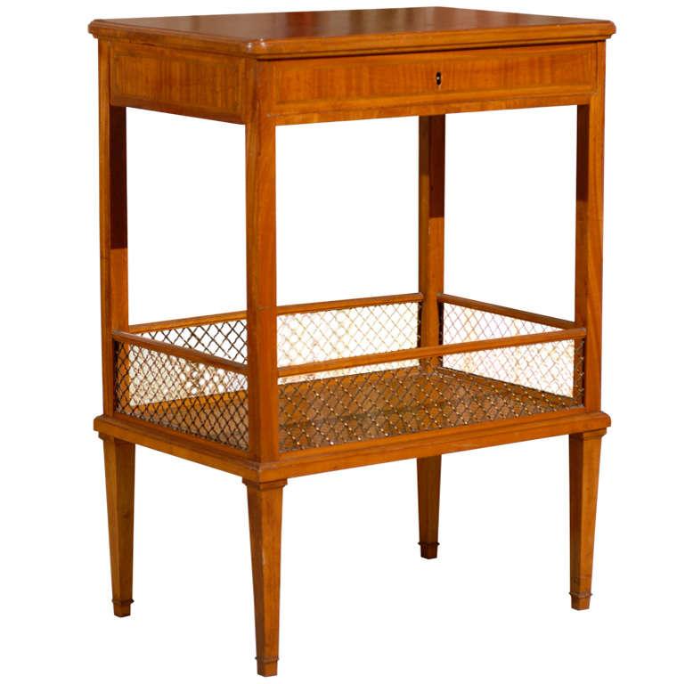 Table in Lemonwood
