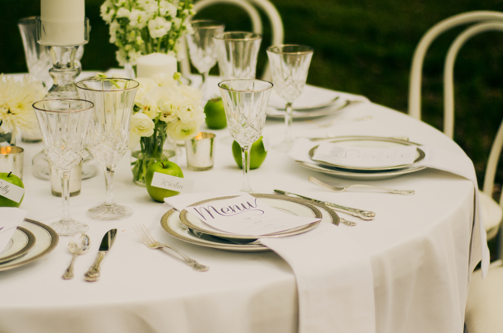 classic white tablescape