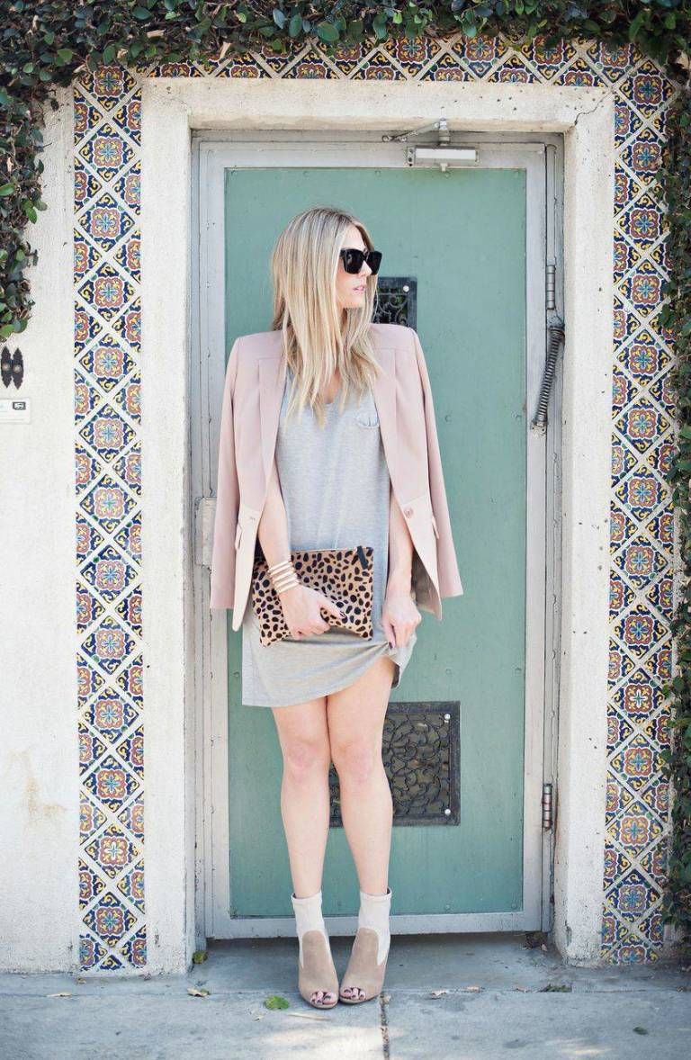monochromatic-and-leopard-clutch.jpeg