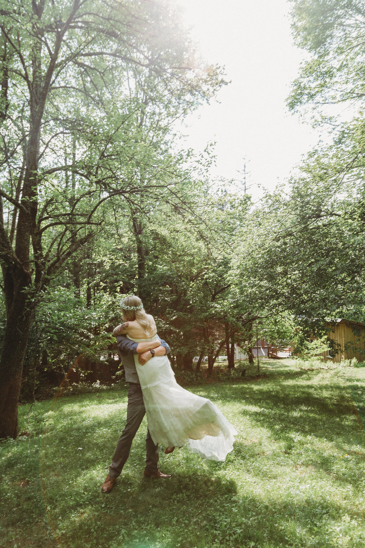 Intimate Wedding at Full Moon Resort, New York   Brooklyn Wedding Photogracatskills wedding photographer- full moon resortpher