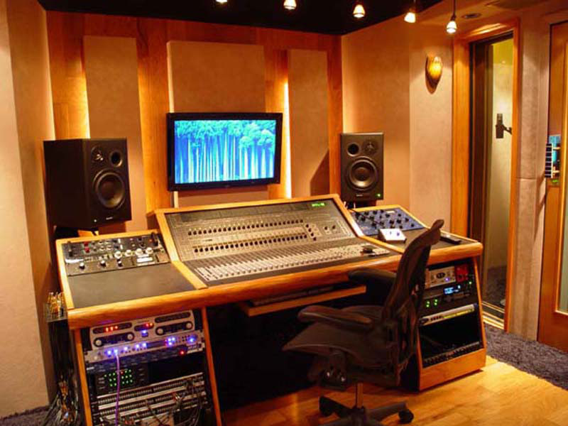 Miraculous Blog How To Setup Your Home Studio On A Budget Ten Steps Largest Home Design Picture Inspirations Pitcheantrous