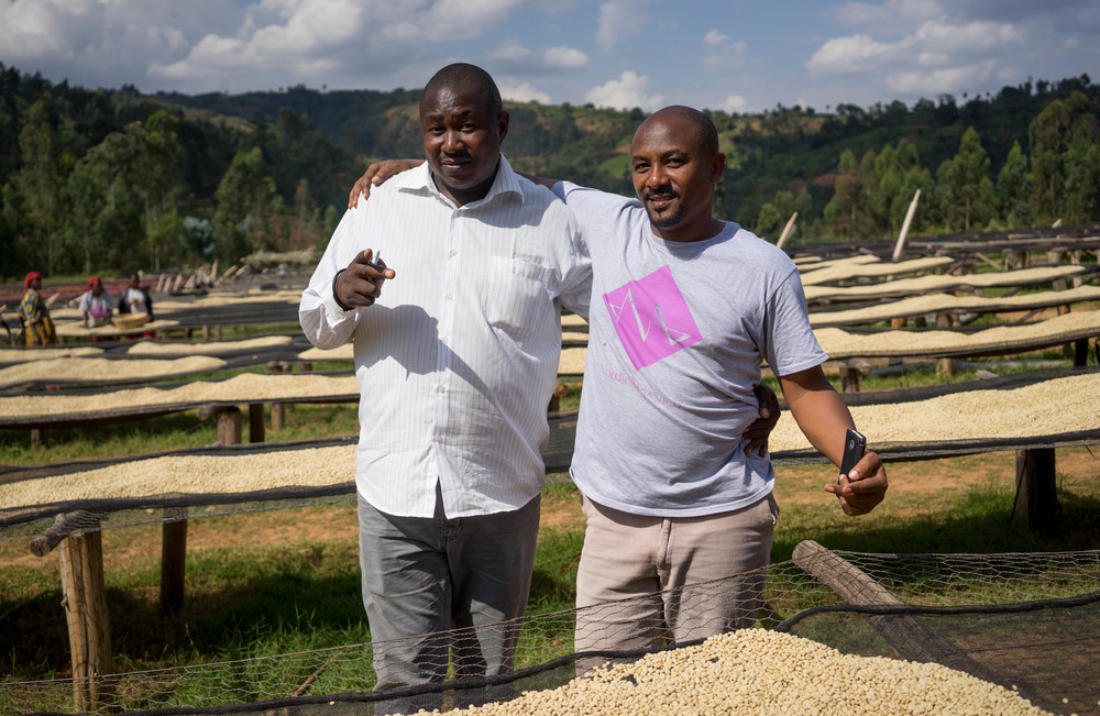 Two of the key persons we are working with in Burundi: Jeremy and Salum from CPC. Here seen at the drying tables at Buziraguhindwa.