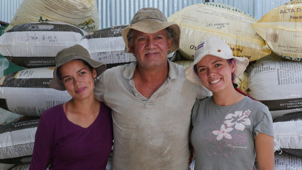 Left to right: Maria Jimenez, 21 years old, Mario Jimenez (father to Maria and Arleen and producer at La Angostura), and Arleen Jimenez 28 years old