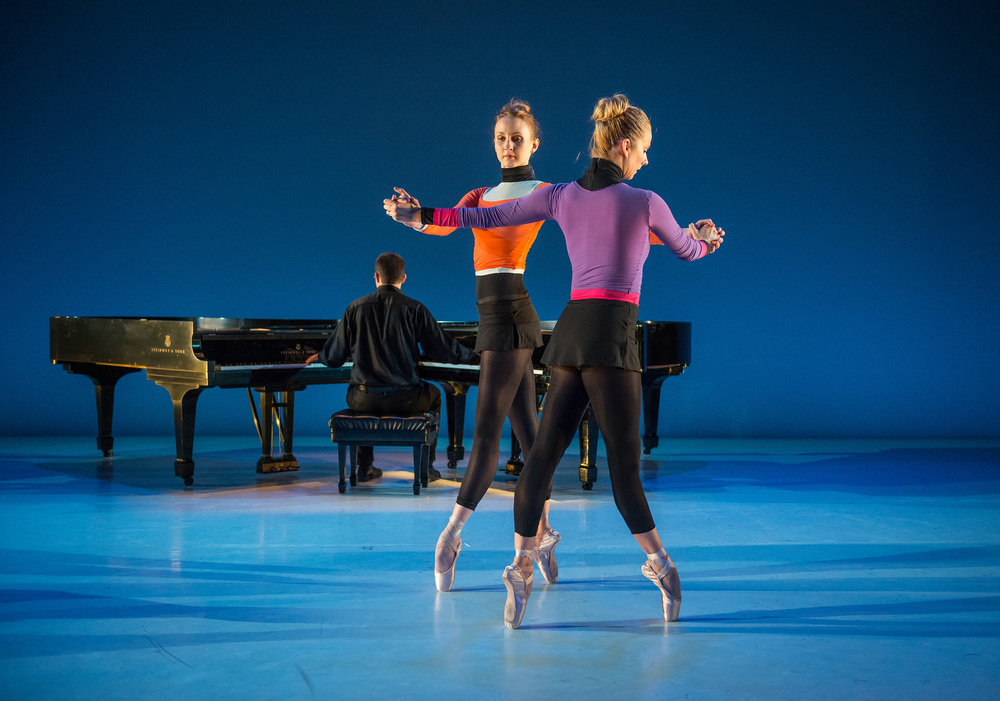 Kaitlyn Gilliland and Michele Wiles in Surmisable Units by Brian Reeder. photo by Stephanie Berger