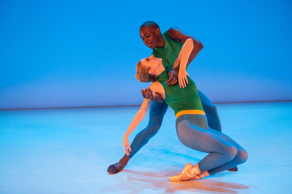 Michele Wiles and Landes Dixon in Outswirl by Peter Quanz