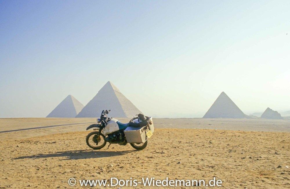 1997-Egypt-IMG0065-1-2.jpg