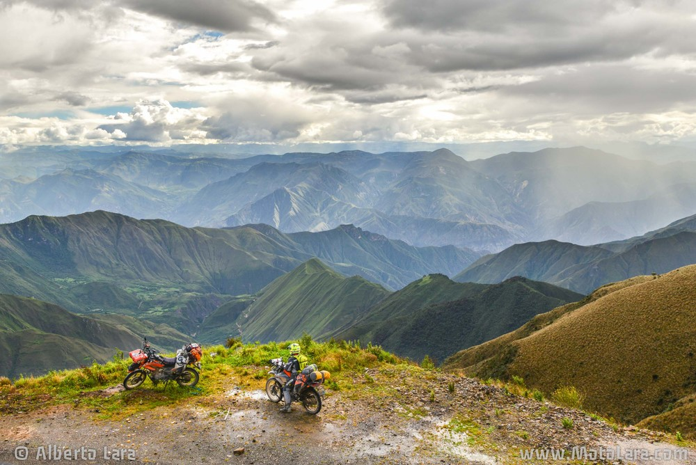 Calla Calla Pass near Leimebamba, Amazonas.jpg