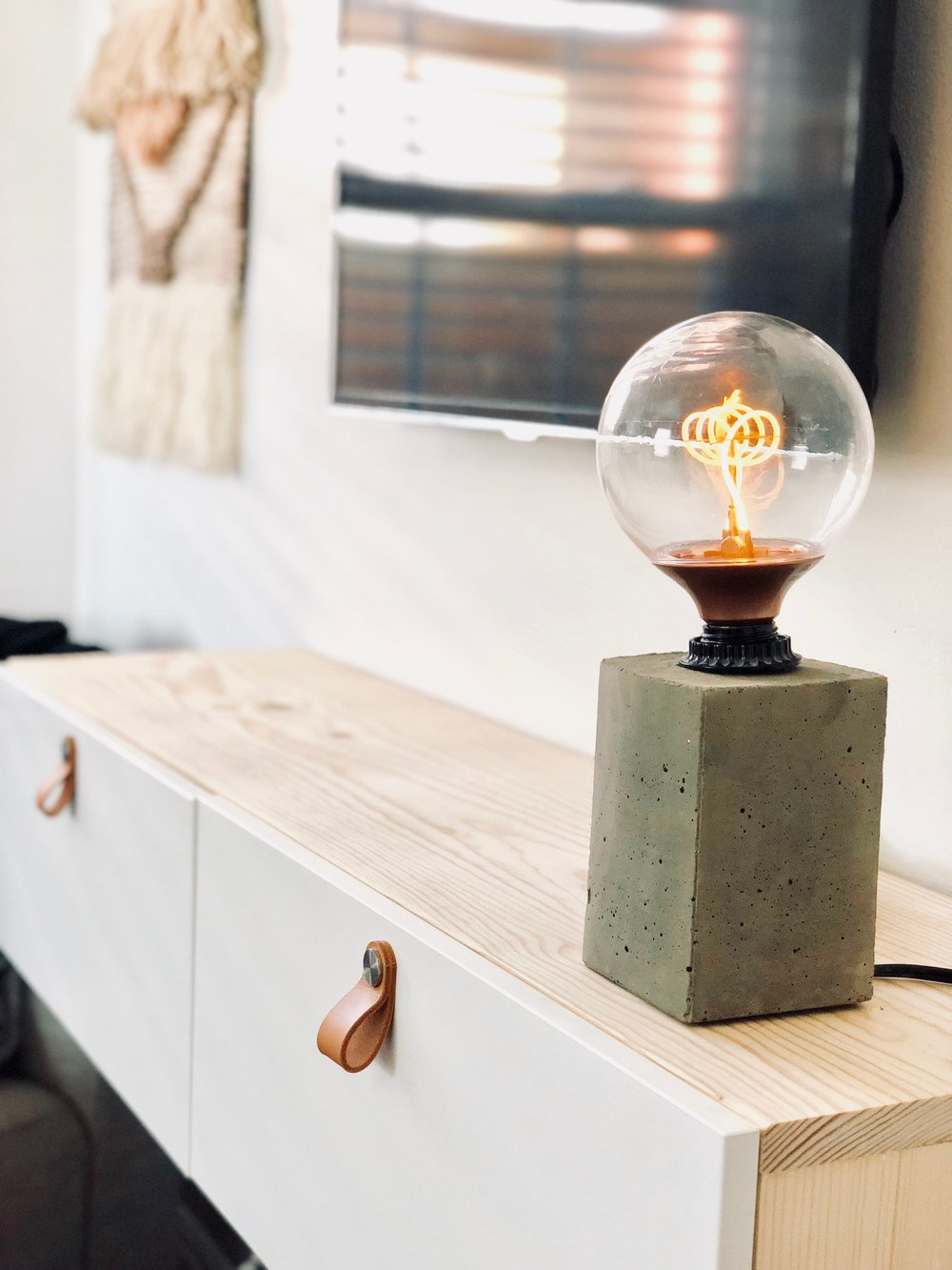 DIY Concrete Lamp