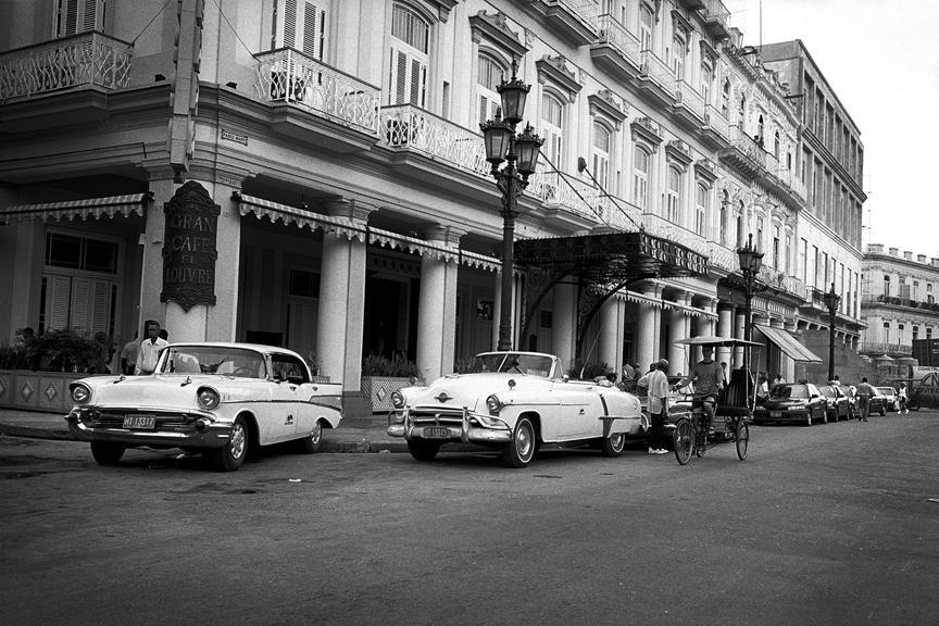 marco_guerra_cuba_gran_cafe_el-Louvre_hotel_inglaterra_2.jpg