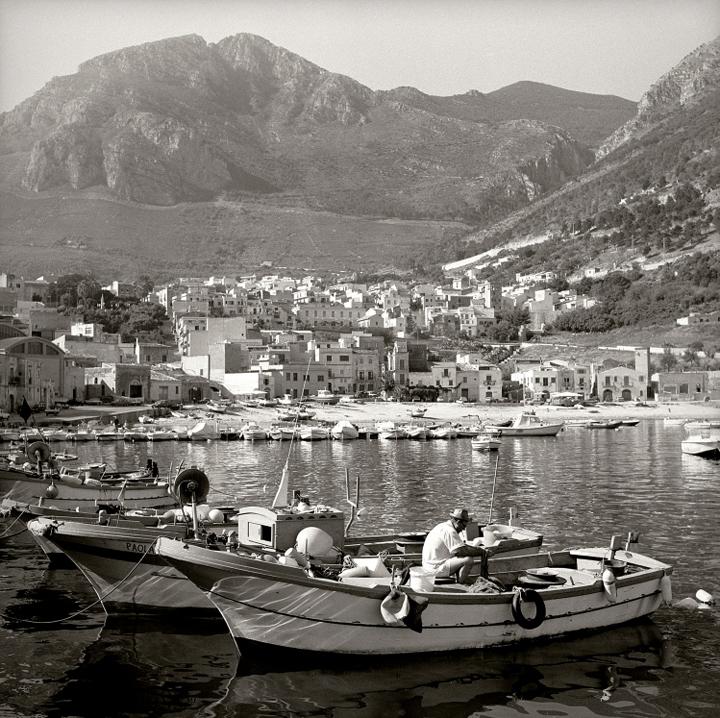 15marco_guerra_rosalind_greece.jpg