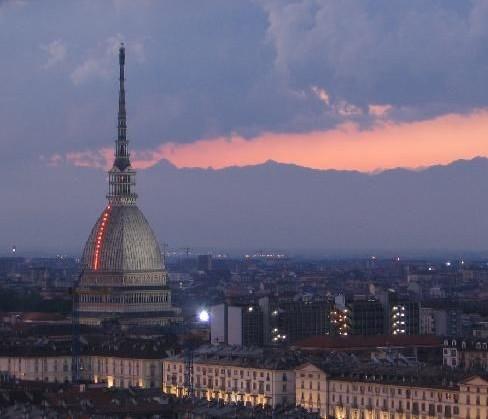 Mole-Antonelliana-museo-del-cinema-Torino.jpg
