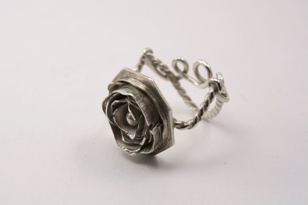 ROSE RING_SIZE6_5.jpg
