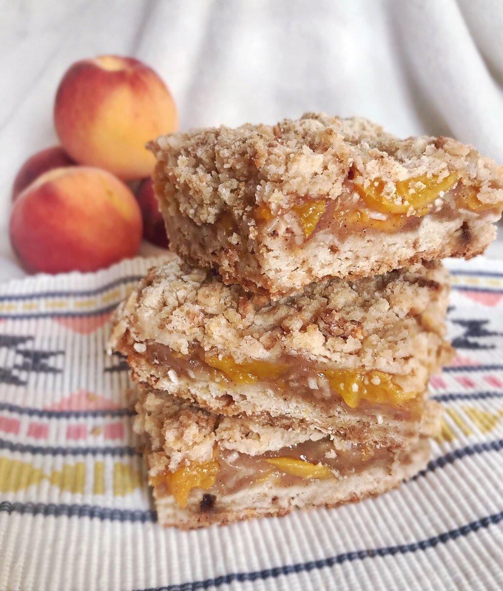 peach crisp bars!.jpeg