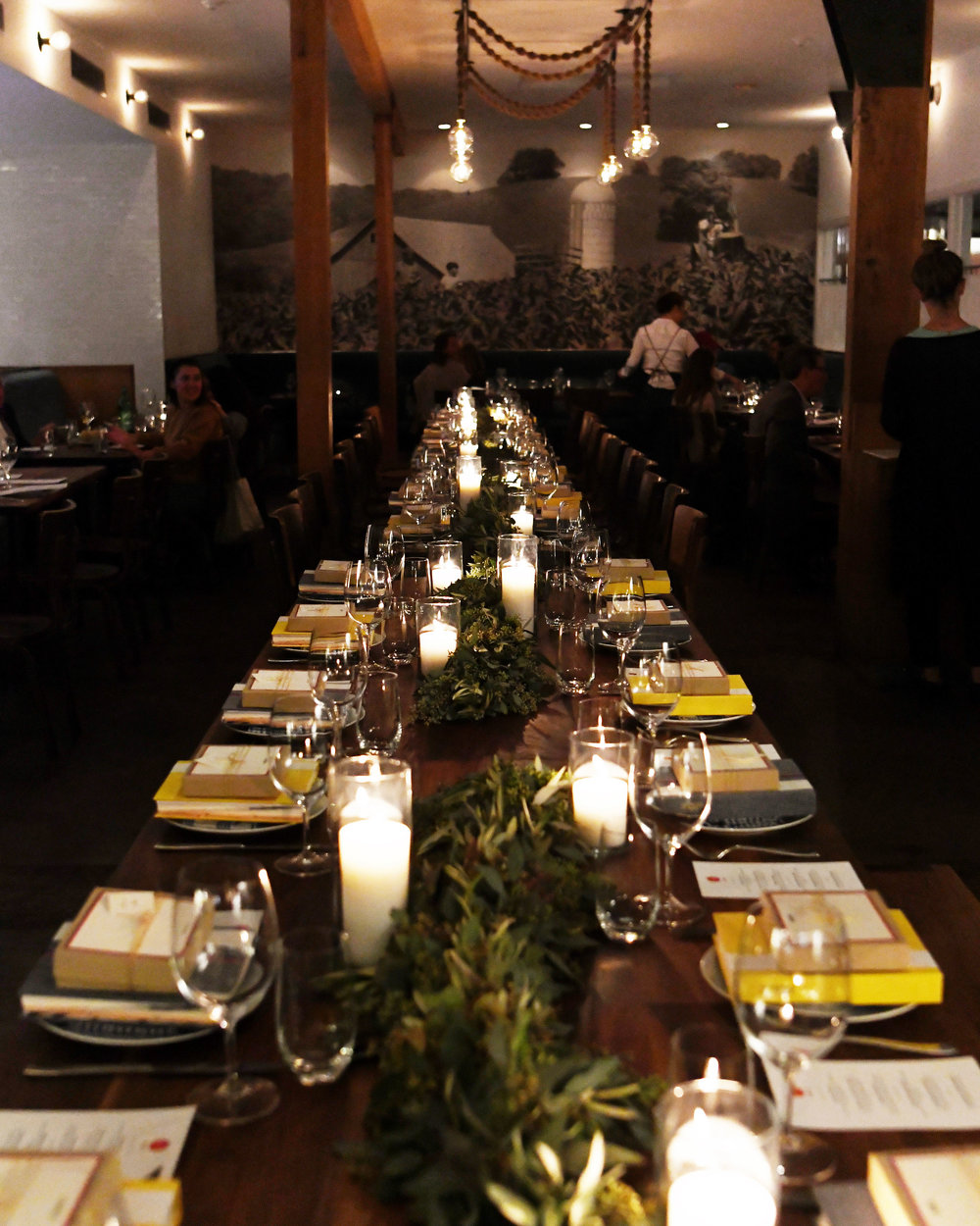 clare v x sugar paper founder's dinner - emma feil photography