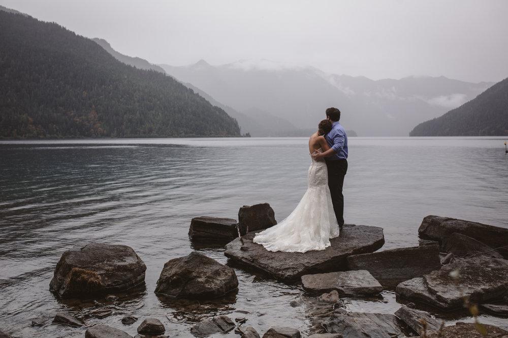 lake-crescent-lodge-olympic-peninsula-port-angeles-wedding-photographer-32.jpg