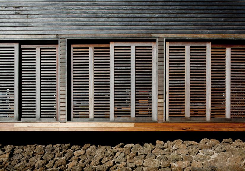 PF2_03 shutters