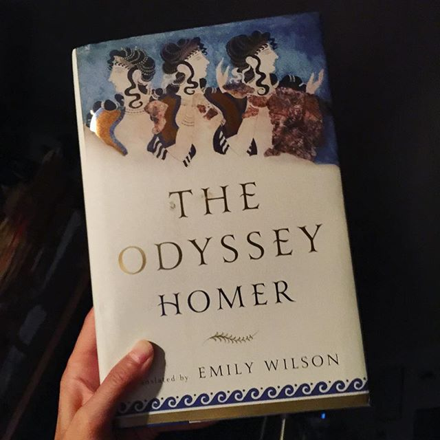 Took a year, but I finished it! 🙌🏽🙌🏽🙌🏽 . . . . #theodyssey #homer #emilywilson #literature #poetry