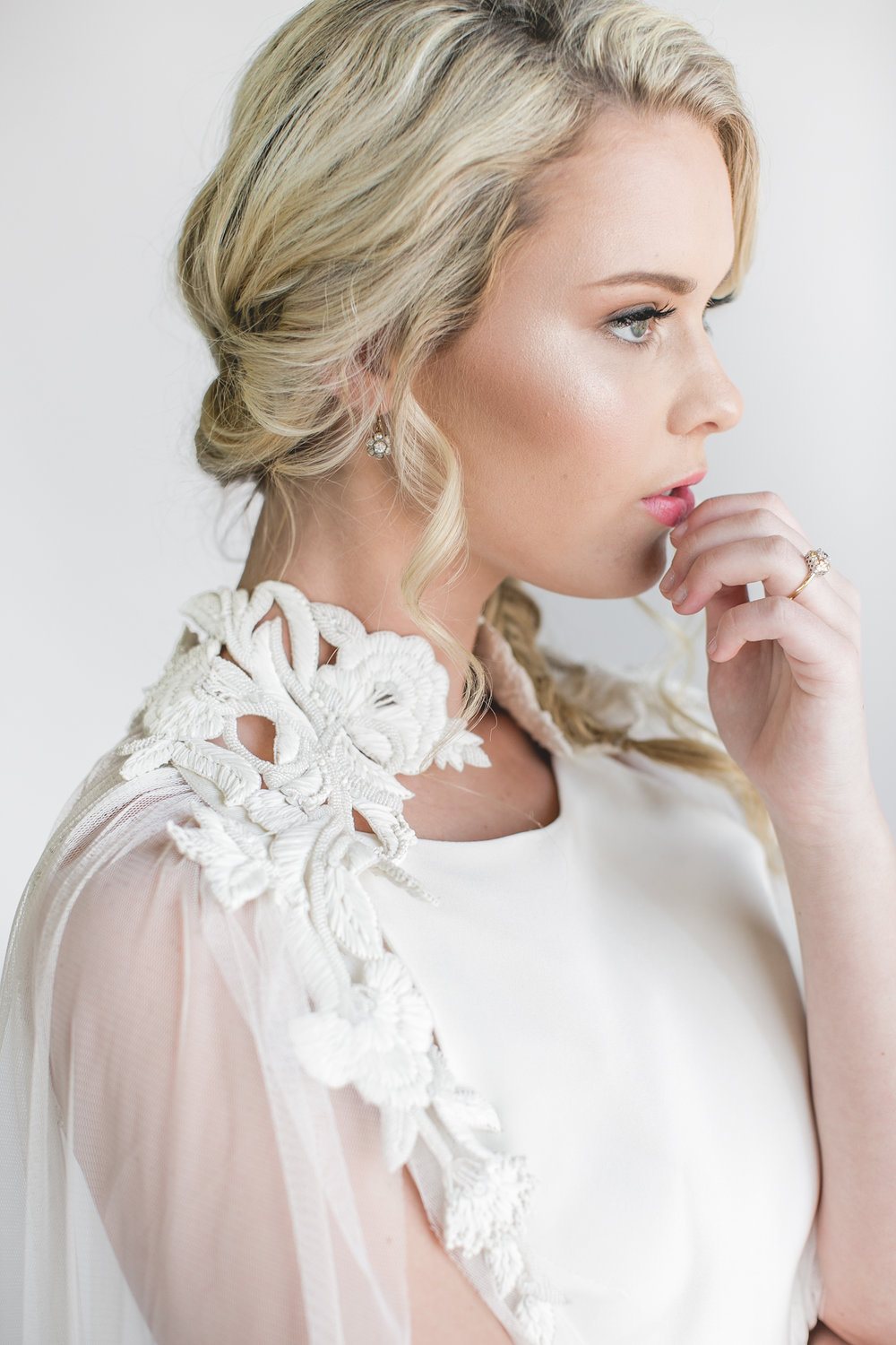 The ever-so-gorgeous details on Vene Ai's dresses.  If only I could get married again...