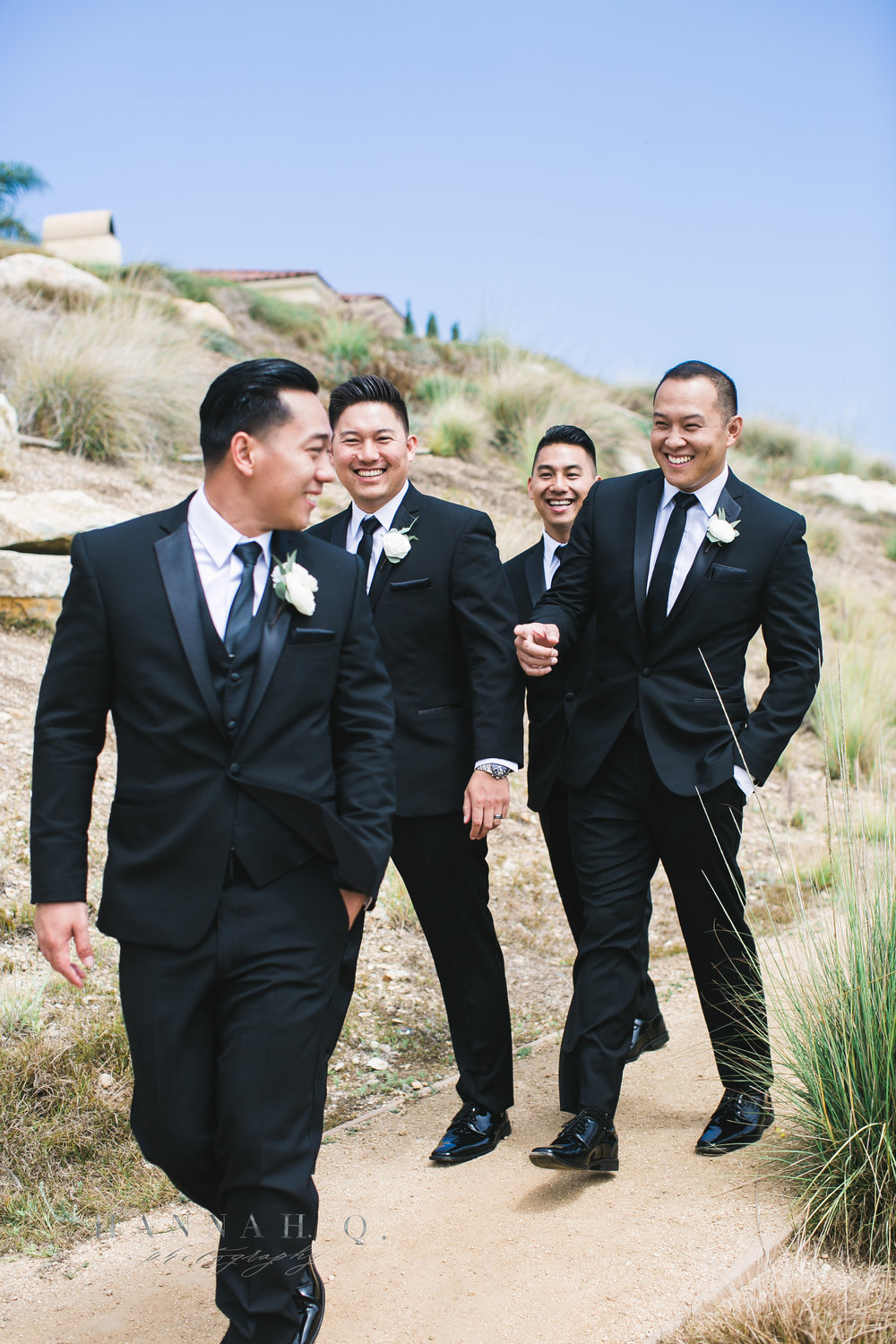 After the beautiful ceremony, we had so much time to kill so we stopped by Terranea Cove for a bridal party photoshoot before heading to their reception at Miyako Hotel.