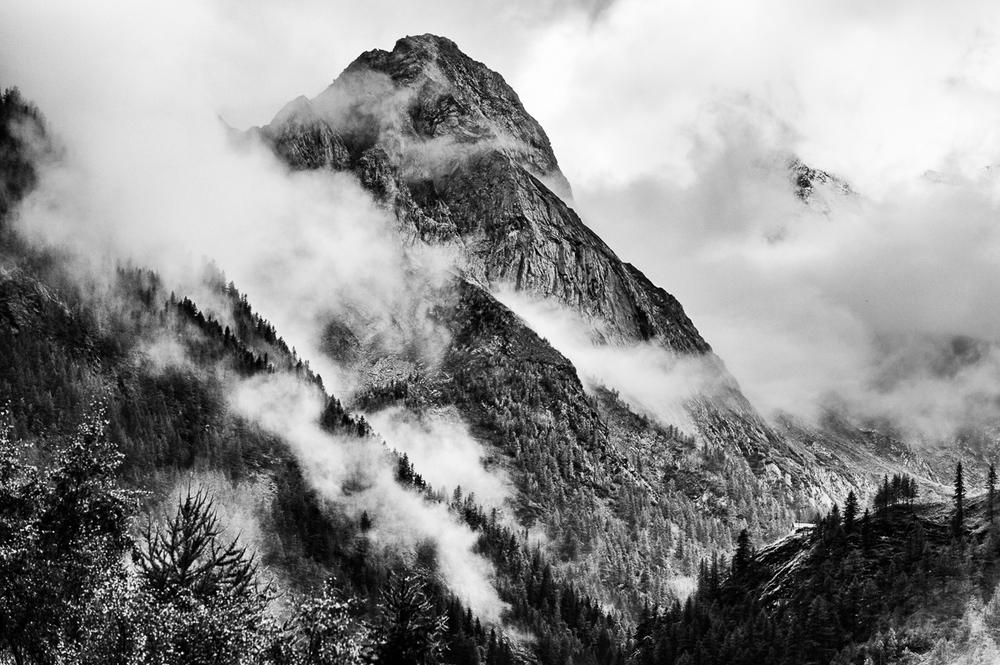 120930 Swiss-Italy Alps Border-85-mono2.jpg