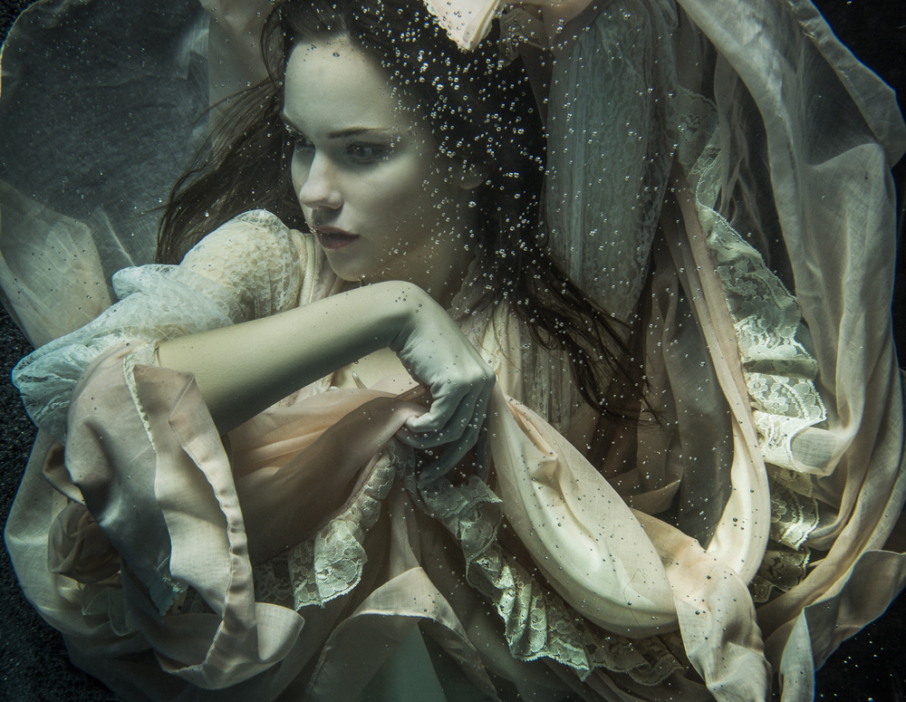 Underwater Portrait Photography by Cheng Han