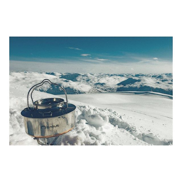 #Repost @olemarsk ・・・ #coffee with a view☕️👌🏻 . . . . . . . . #coffetime#kokkaffe#ryfylke##visitnorway#skiing#mountains #telemark#freeyourheel#climbing#natureshots#naturegram#wildernessculture #destinsjonryfylke#liveterbestute #fujifilm #fujifilm_xseries#xpro2#outdoor.official#letsgosomewhere#exploremore#packandgo#travelingpost#lifeofadventure#travelstoke #welivetoexplore#earthvibe