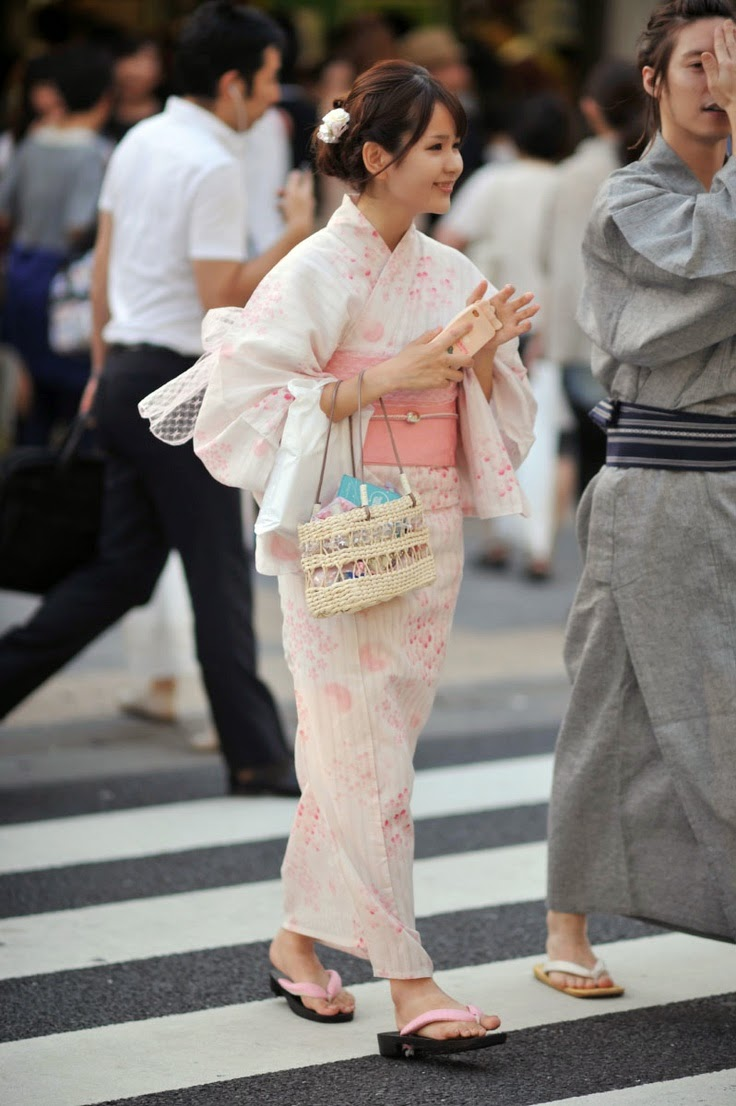obi and kimono in pink.jpg