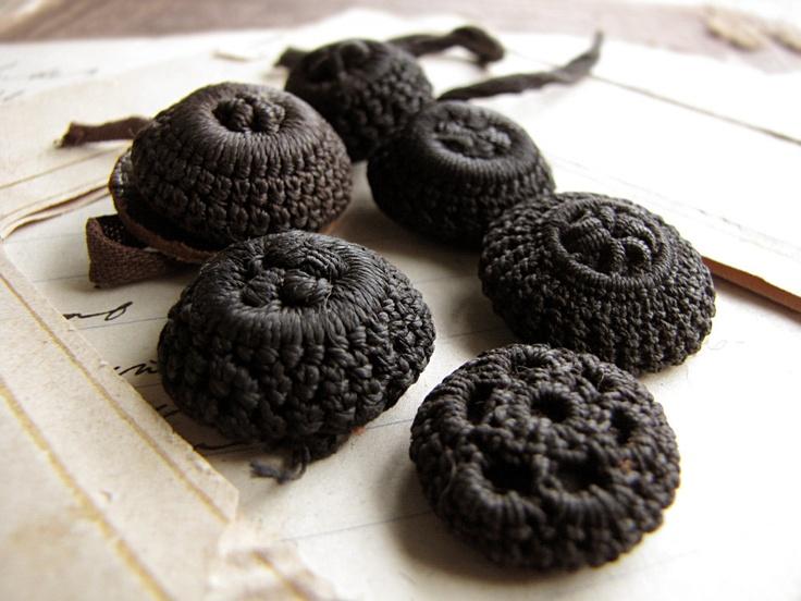 black crochet buttons.jpg