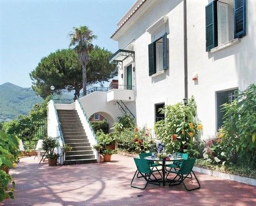 Vietri sul Mare, Private Villa
