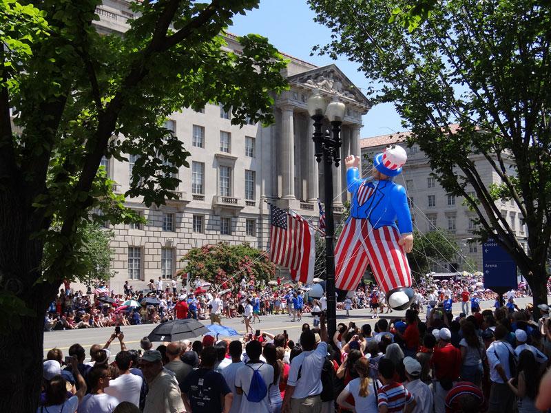 4th parade dc. uncle sam float.jpg