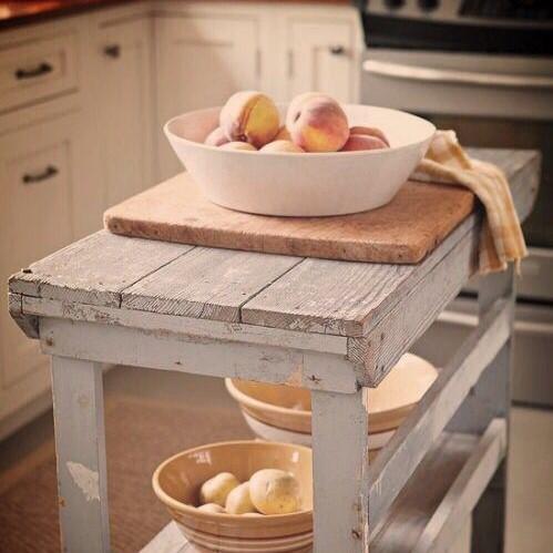 peach kitchen (2).jpg