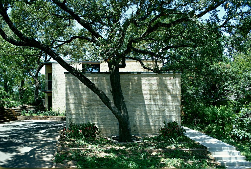 2216 Matthews Dr.-Hill Res.-Austin