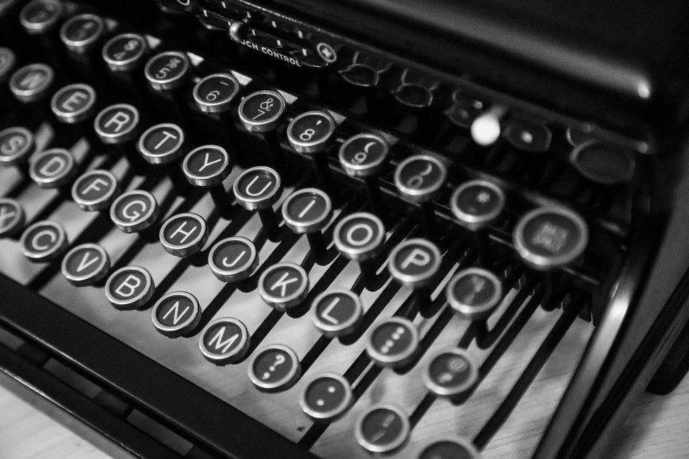 Shavon Meyers - 18-03_shavon-meyers_typewriter.jpg
