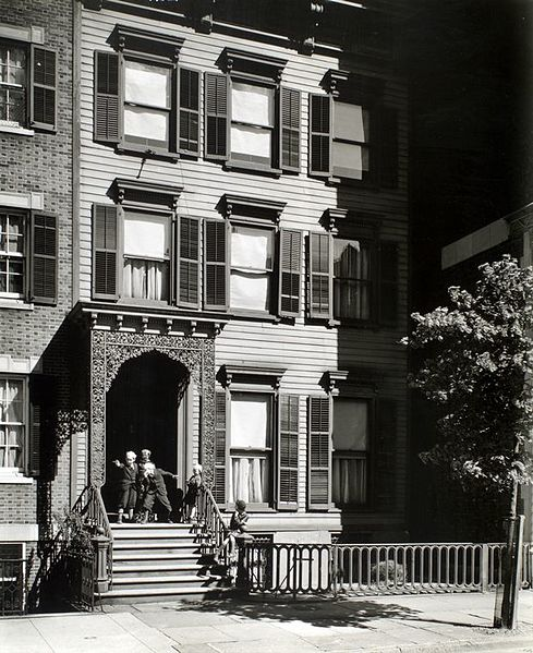 Berenice Abbott - Willow St. No. 113 - from Changing New York (1936-38)
