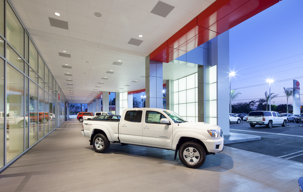 06-ELMORE TOYOTA-OUTSIDE.jpg