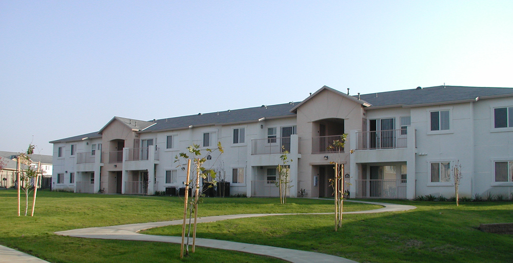 Belcourt apartments pacific west builders inc for Builders in bakersfield