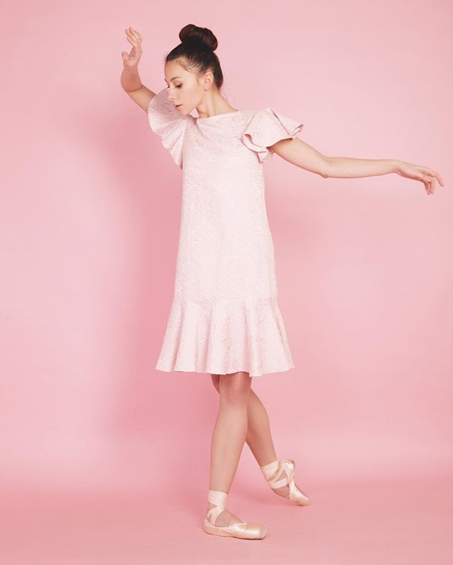 Ждём всех с 13:00 до 21:00 🌟  Sale -60% ☀️👌🏻#ninashterenberg #dress