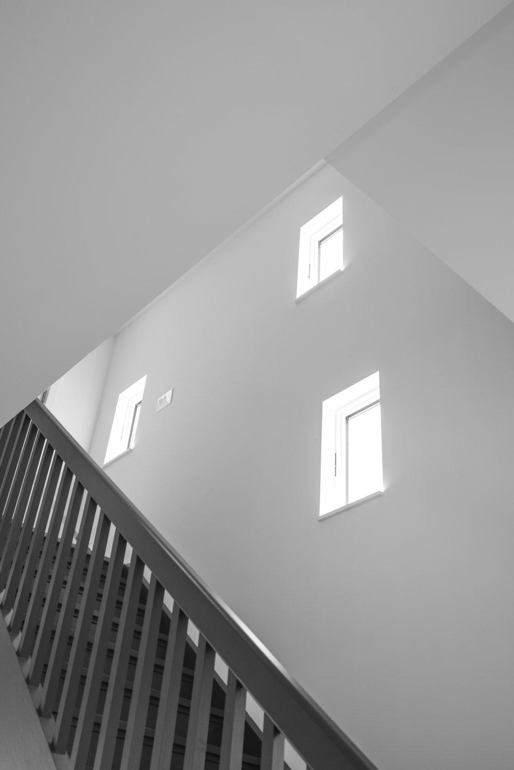 16_Stair-Hall-9.jpg