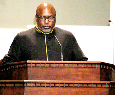 Pastor Theron Jackson.jpg