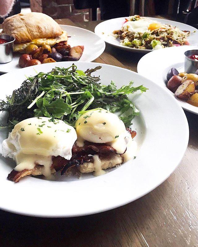 Brunch is not optional. It's required. 📷 @l.esley ・・・ I MUST always have my Eggs Benny fix 🍳🍳. #themust #eatlocal #dtlaartsdistrict #dtla #brunch #BrunchInLA #foodporn