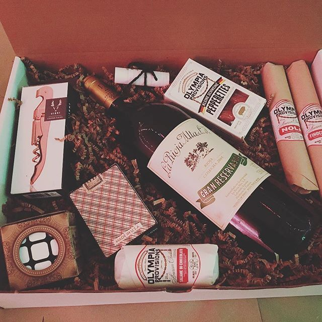 @vinovorela #BeastBoxes are the perfect gift, and you've still got time to pick some up for all the hard to shop for homies on your list. #giftideas #gift #wine #giftbasket #holiday #silverlake #wino #give
