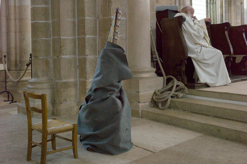 Robes, Vézelay, France 2011